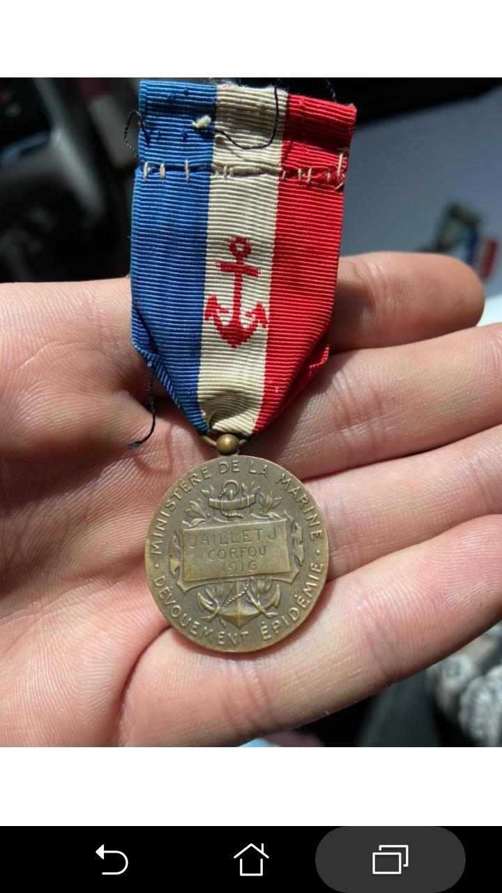 Identification d'une médaille d'honneur française Screen12