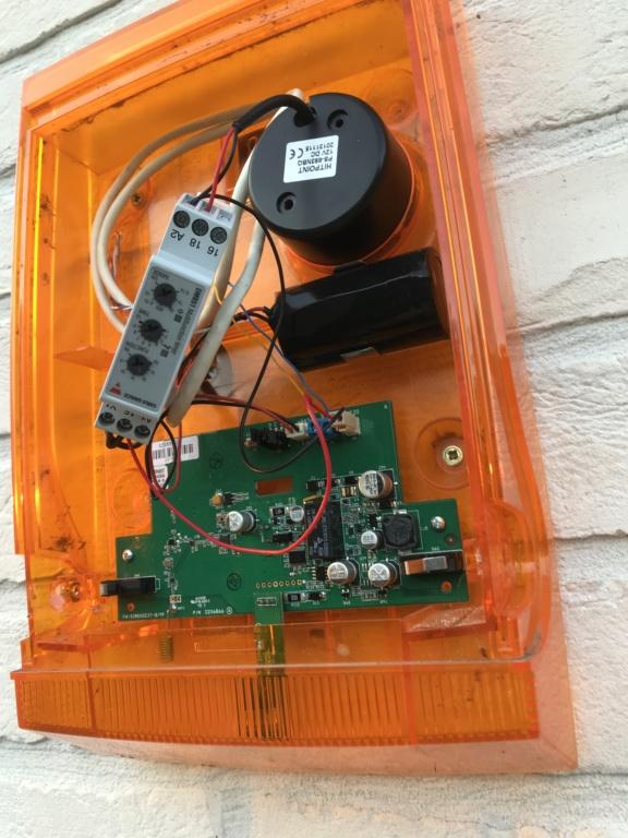 Amélioration securitée sirène exterieur flash Img_3510