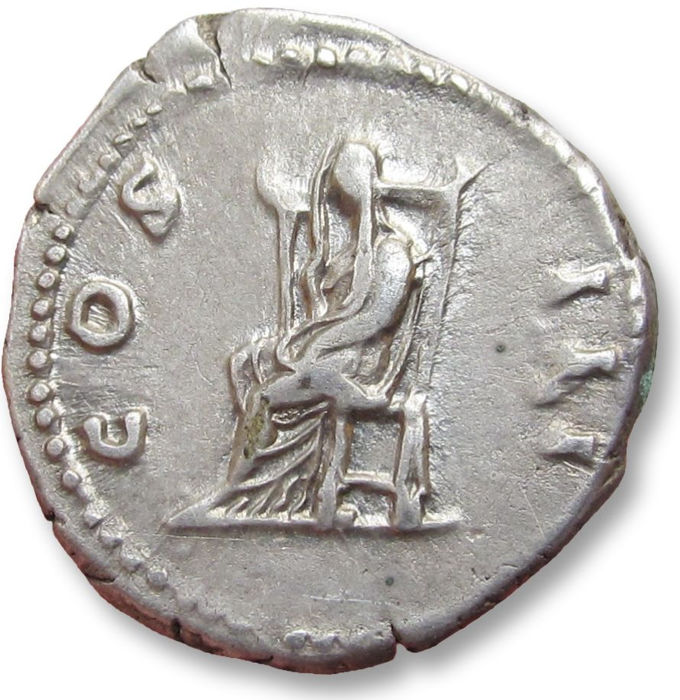 Denario de Adriano. COS III. Pudicitia sentada a izq. Roma Denari11