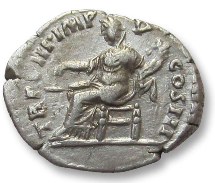 Denario de Lucio Vero. TR P VIII IMP V COS III Aequitas sentada a la izquierda. Roma Denari13