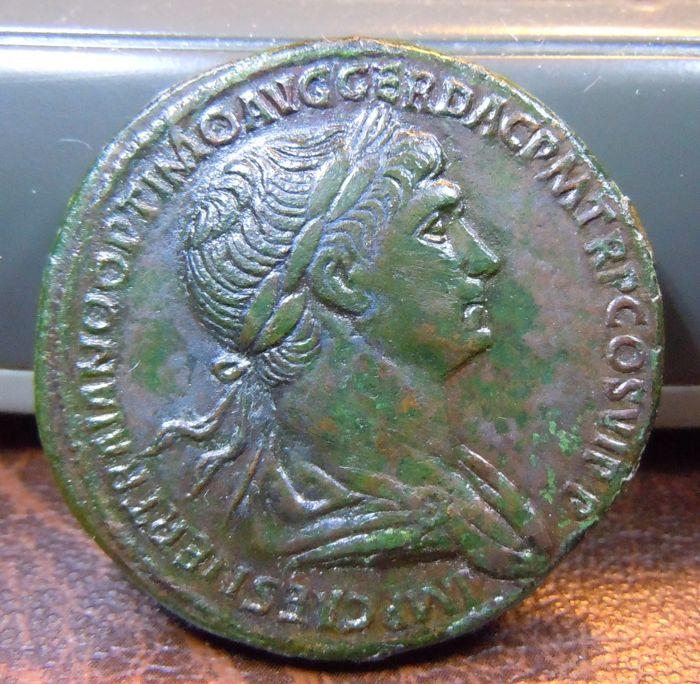 Sestercio de Trajano. IMPERATOR VIII, S C. Aclamación Imperial. Roma Sester17