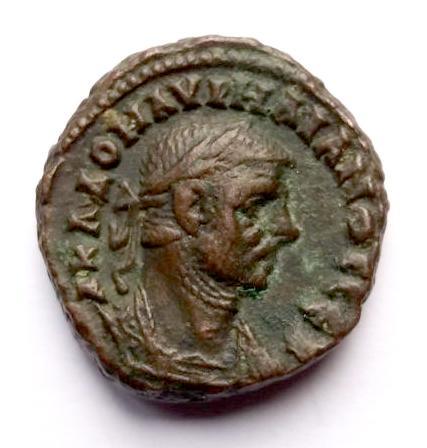 Tetradracma de Aureliano. A K Λ ΔOM AVPHΛIANOC CEB. Águila a izq. mirando a dchaAlejandría Tetra_10