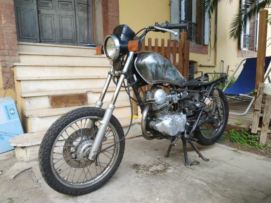 Karnaugh, nouveau motard et SRiste Img_2021