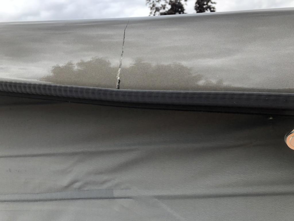 Défaut constructeur fissure toit Marco Polo après 2015/ C1d12610