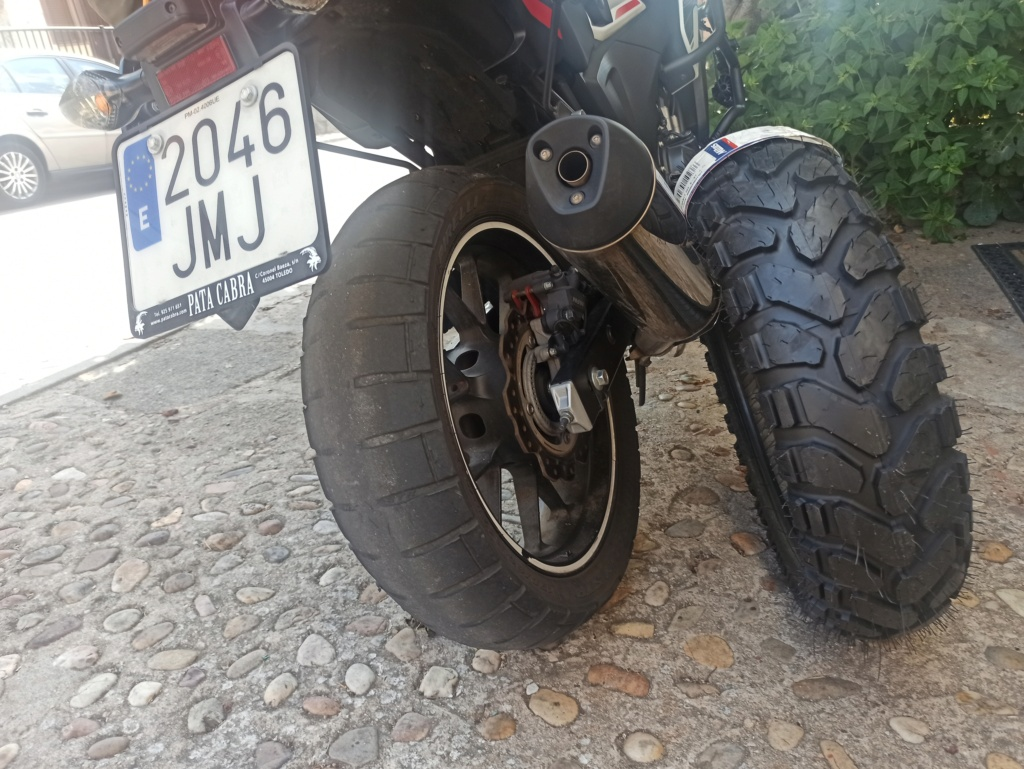 El hilo de los neumáticos.... - Página 24 Img_2034
