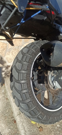 El hilo de los neumáticos.... - Página 24 Img_2041