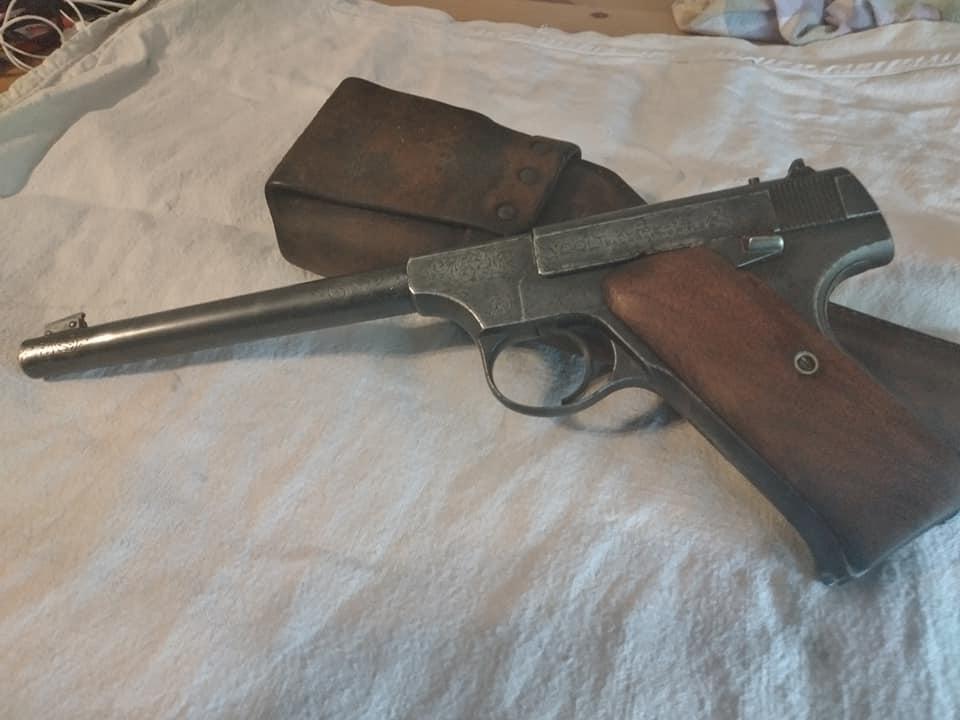 Estimation Colt pré-woodsman gravé Colt111