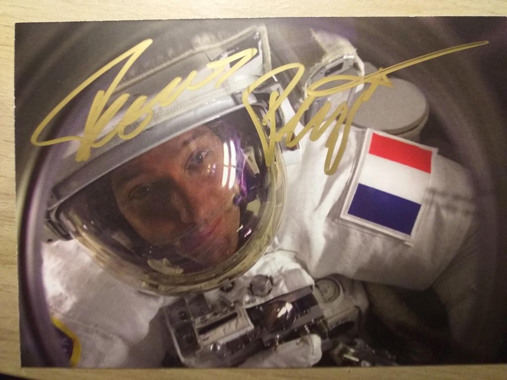 Comment obtenir des autographes d'astronautes ? - Page 2 20200811