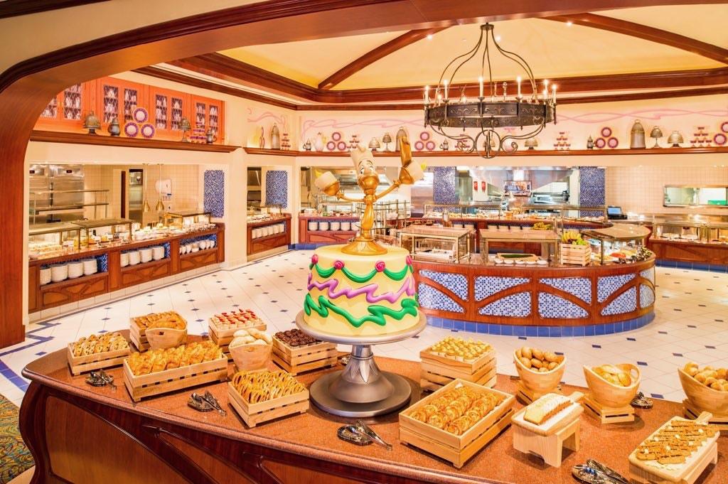 Disneyland Hotel - Rénovation - Page 5 Lumier10