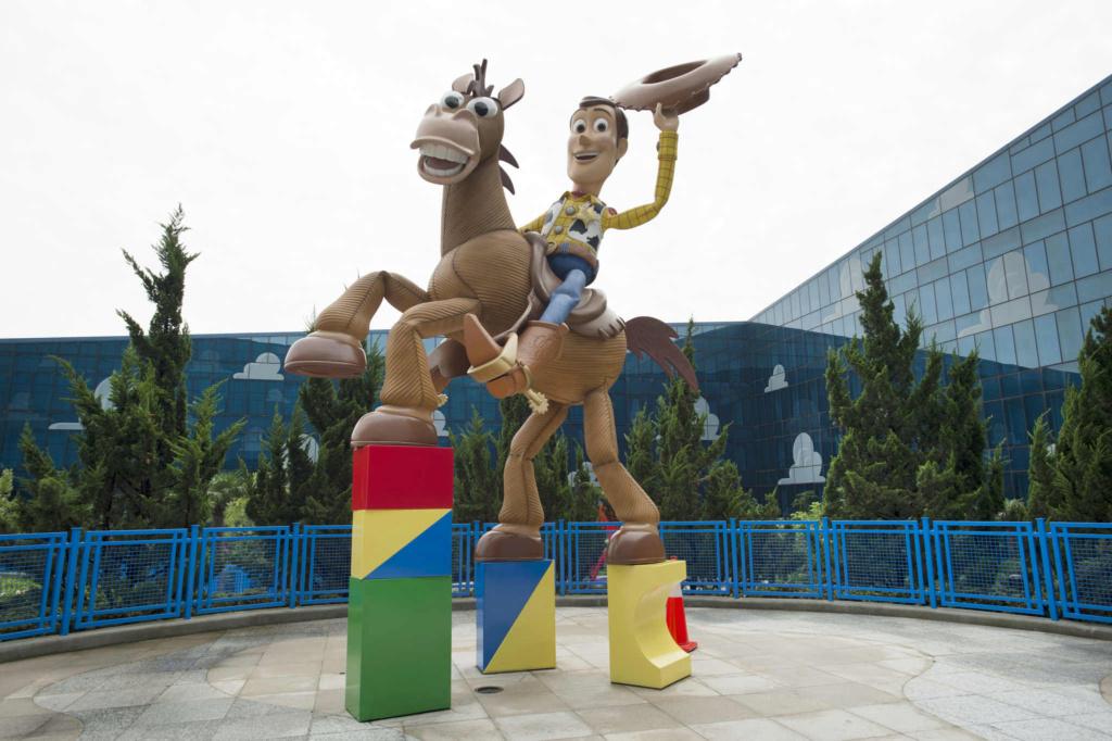 Worlds of Pixar [Parc Walt Disney Studios - 2021] - Page 4 Woody-10