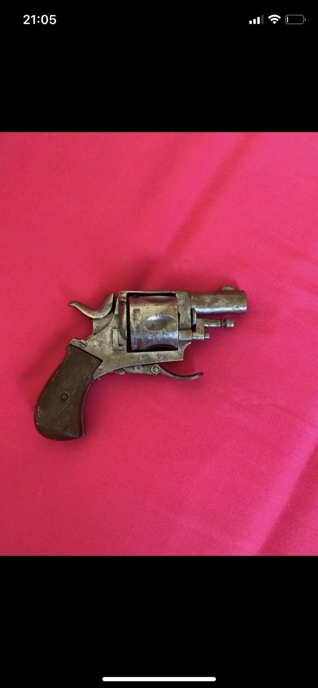 Identification d'un pistolet 81b7c310