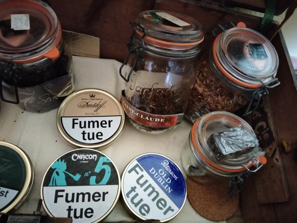 Le coffre à tabacs du flibustier. Img20212
