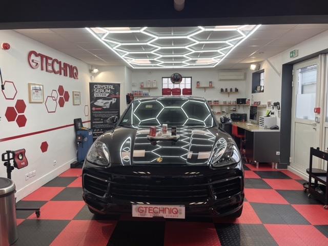 Porsche Cayenne  43e25410
