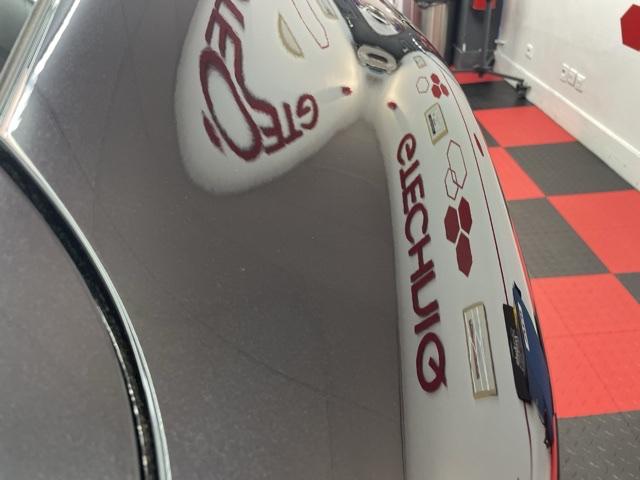 Porsche Cayenne  889d0210