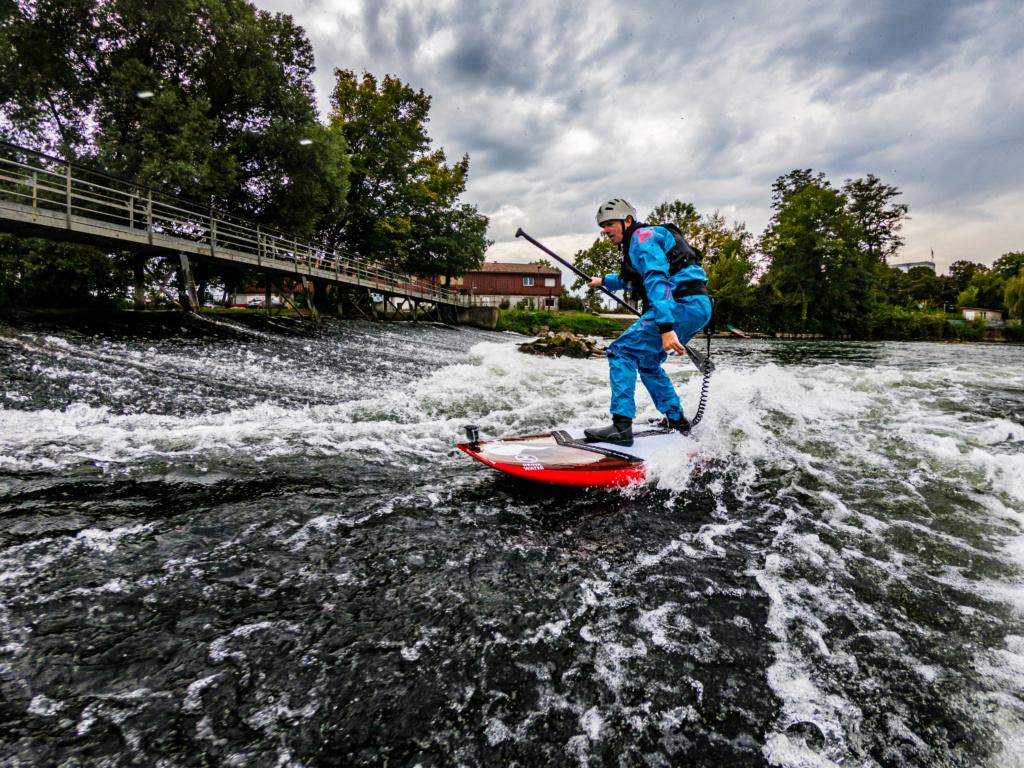 Choisir un sup pour surfer vague de rivière et eau vive Export10