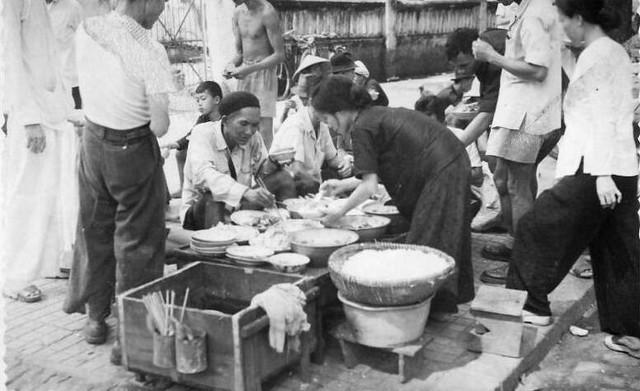 [Opérations de guerre] INDOCHINE - TOME 2 - Page 15 Saigon16