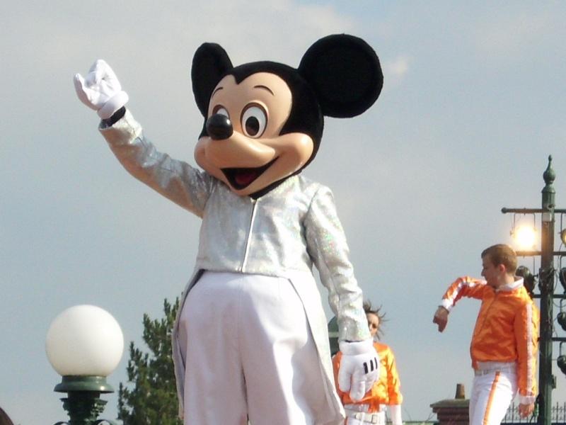 La fête magique de Mickey - Page 8 Dsci0413