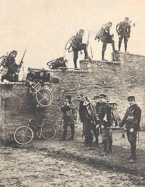 Chasseurs cyclistes à l'entraînement Cyclis10