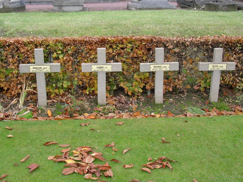 « Communal cemetery Douai » (Nord) Tombes10