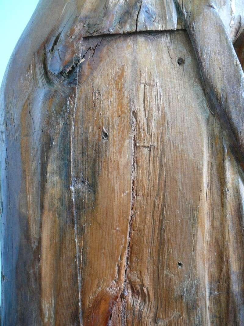 Quel bois pour cette statue ? P1050512