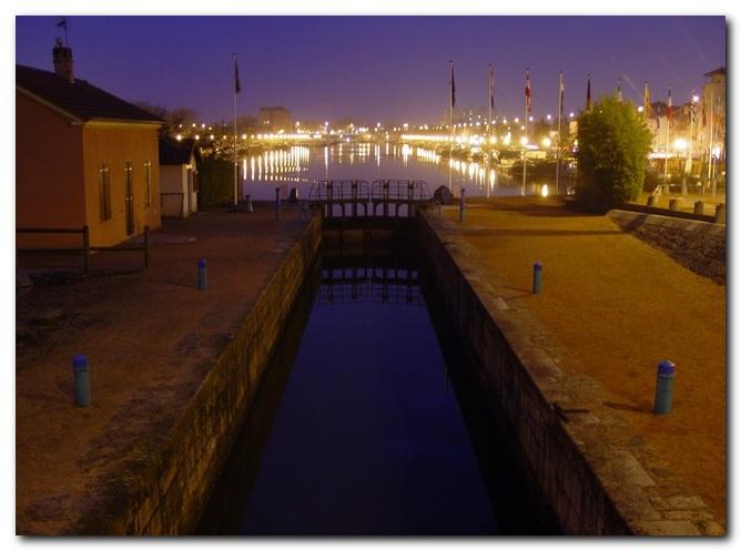 L'écluse et le port de Roanne 1_200917