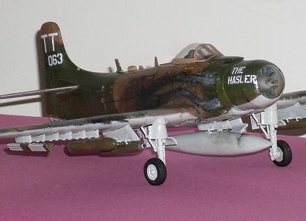 a1h skyraider au 1/48 Sky1310