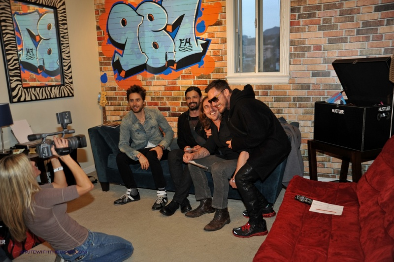 [2011] 30 Seconds to Mars at 98.7 FM's Hollywood Penthouse © writewiththelight 022a10