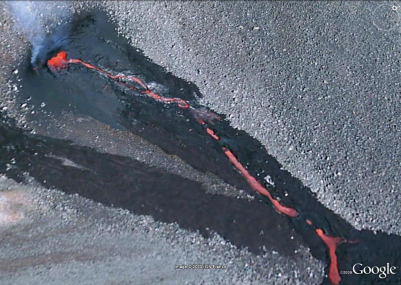 Coulée de lave au Piton de la Fournaise, île de La Réunion [au 31/12/2008] Piton210