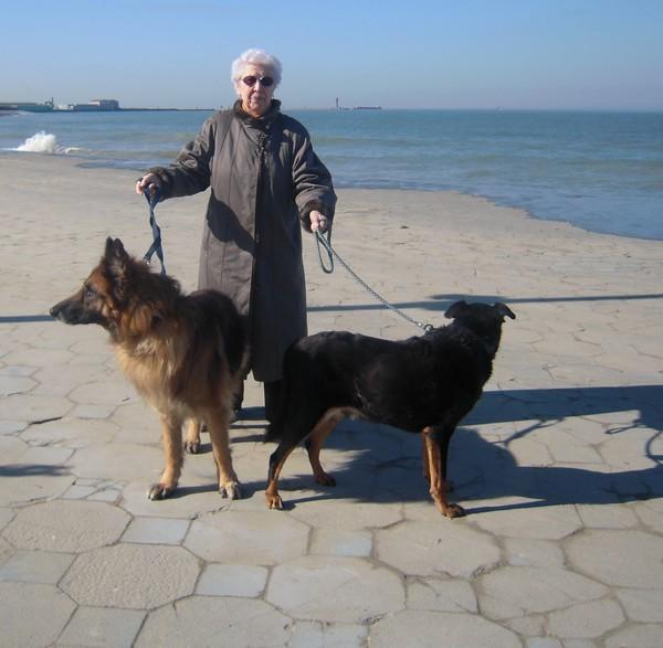 VIP et MAX à la plage (2 mars 2010) Maman-11