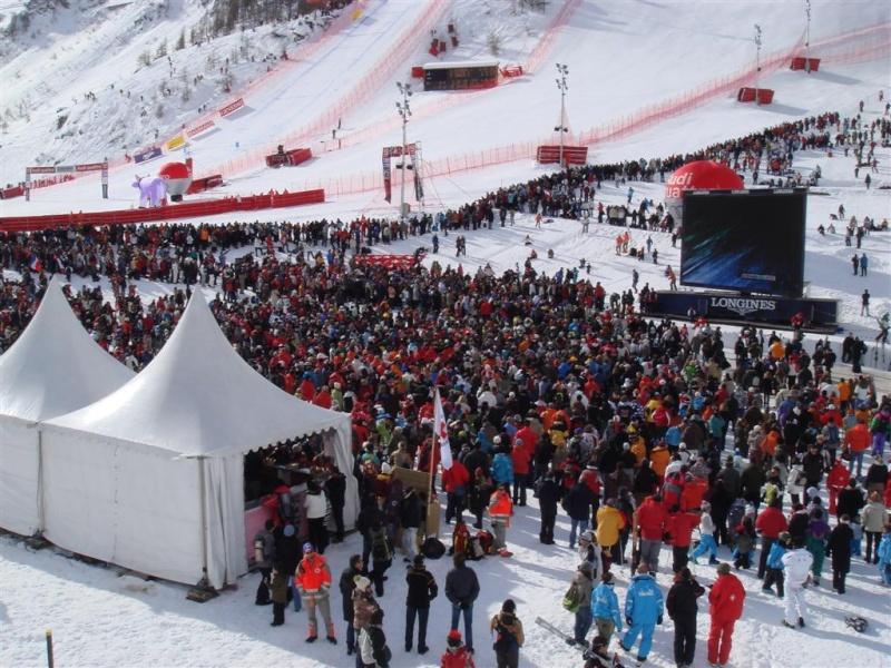 [Val'2009]Du 30/01 au 14/02/2009 Val D'Isère va vibrer ! - Page 2 Dsc08420