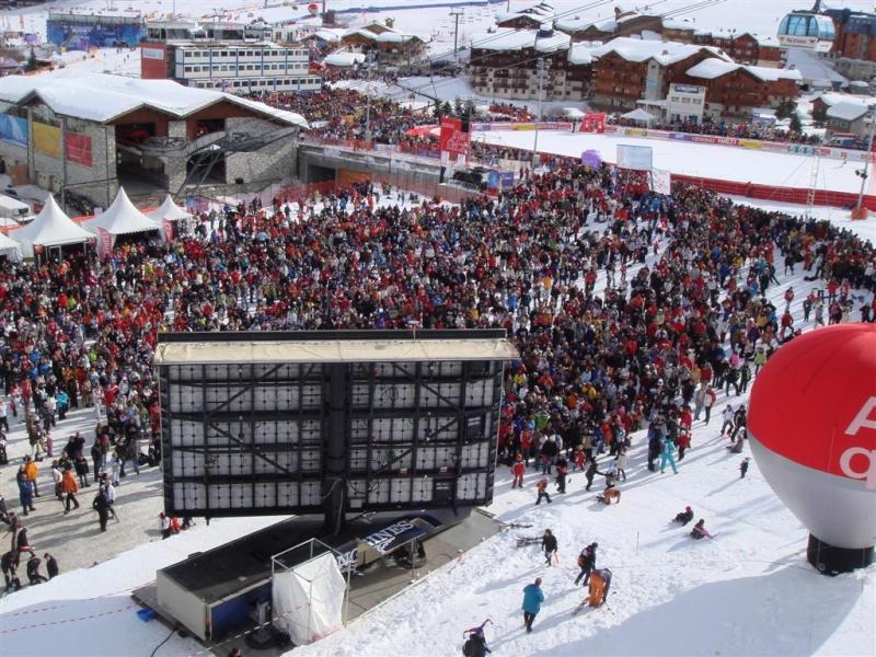 [Val'2009]Du 30/01 au 14/02/2009 Val D'Isère va vibrer ! - Page 2 Dsc08421