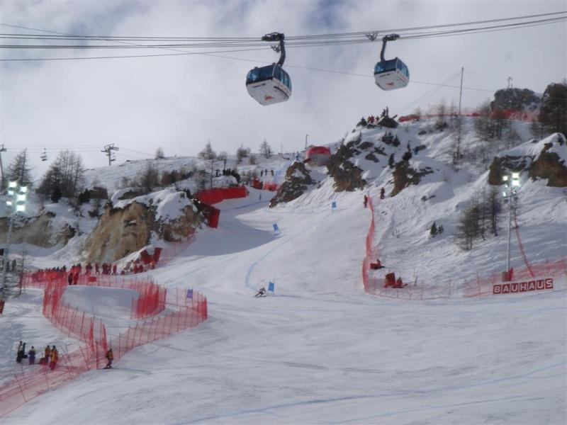 [Val'2009]Du 30/01 au 14/02/2009 Val D'Isère va vibrer ! - Page 2 Dsc08424
