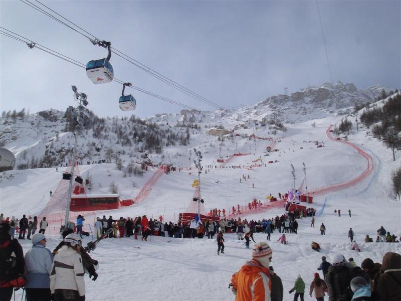 [Val'2009]Du 30/01 au 14/02/2009 Val D'Isère va vibrer ! - Page 2 Dsc08512