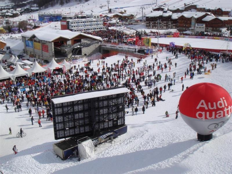 [Val'2009]Du 30/01 au 14/02/2009 Val D'Isère va vibrer ! - Page 2 Dsc08515