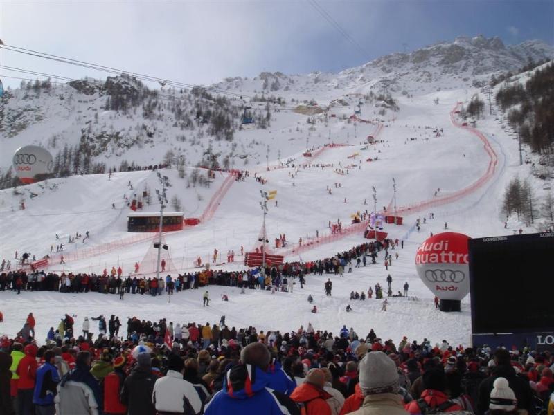 [Val'2009]Du 30/01 au 14/02/2009 Val D'Isère va vibrer ! - Page 2 Dsc08524