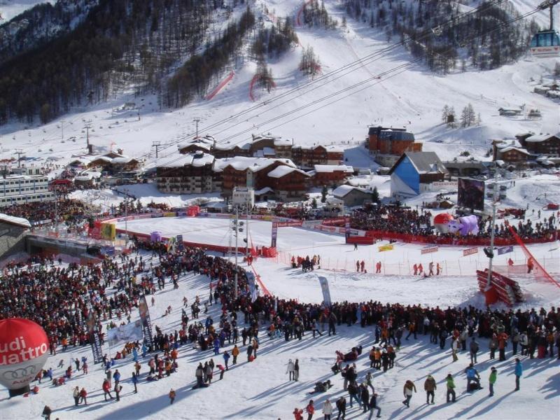 [Val'2009]Du 30/01 au 14/02/2009 Val D'Isère va vibrer ! - Page 2 Dsc08528