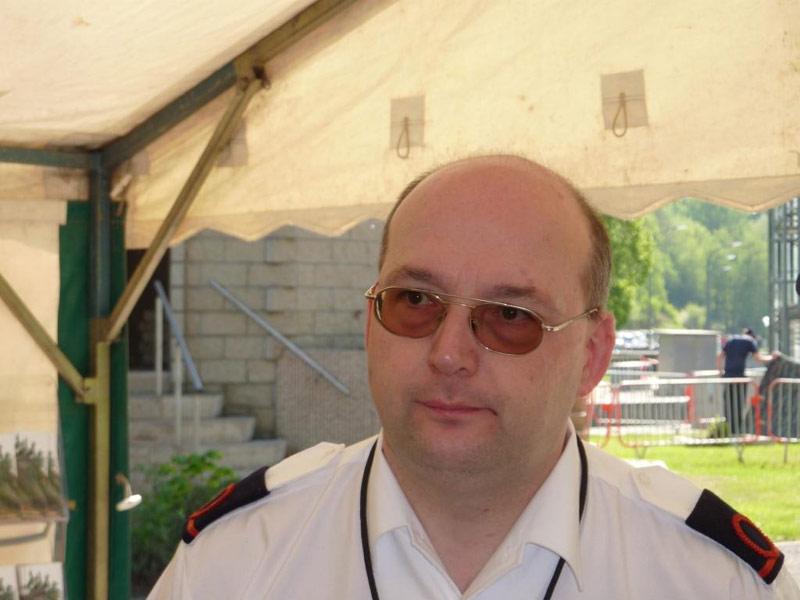 photos de la réunion des anciens à Ittre le 1er mai 2010 - Page 9 08_itt10