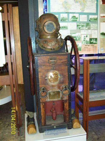 Les Musées de la Marine - Page 2 100_0420