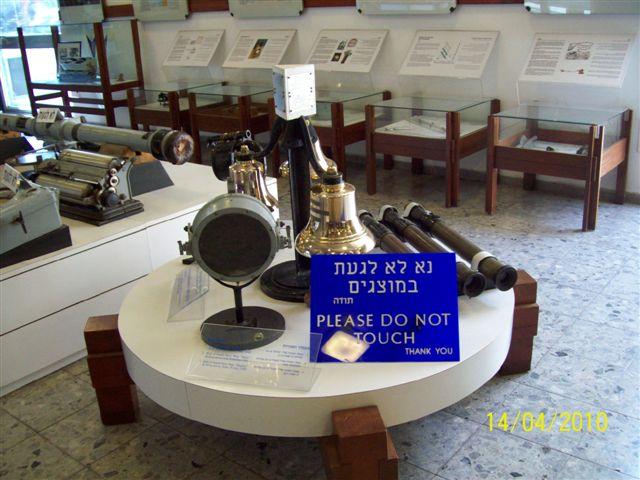 Les Musées de la Marine - Page 2 100_0421
