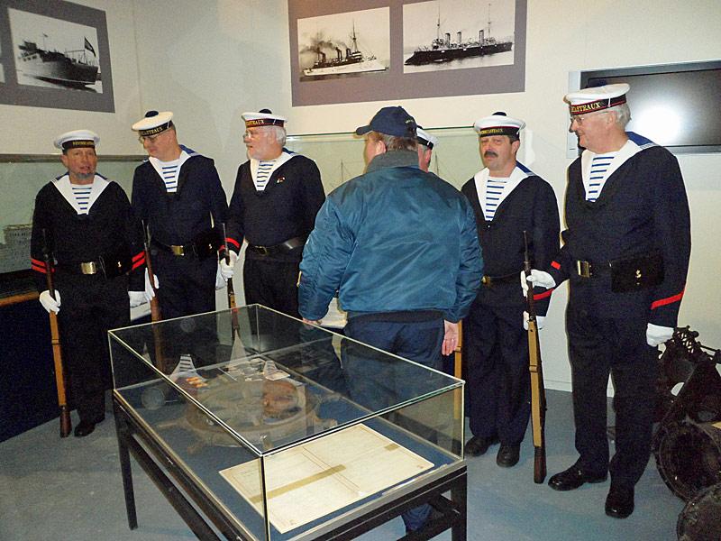 Nocturne 2010 au Musée Royal de l'Armée - Page 2 21_mra10