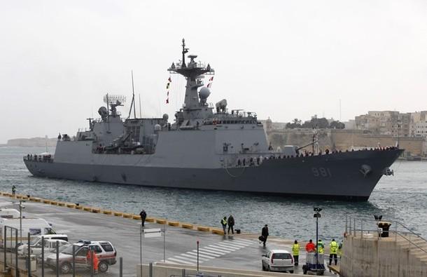 Coalition aéro maritime au large de la Libye - Page 2 610x31