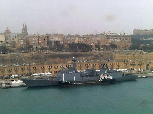 Coalition aéro maritime au large de la Libye - Page 2 Fregt_10