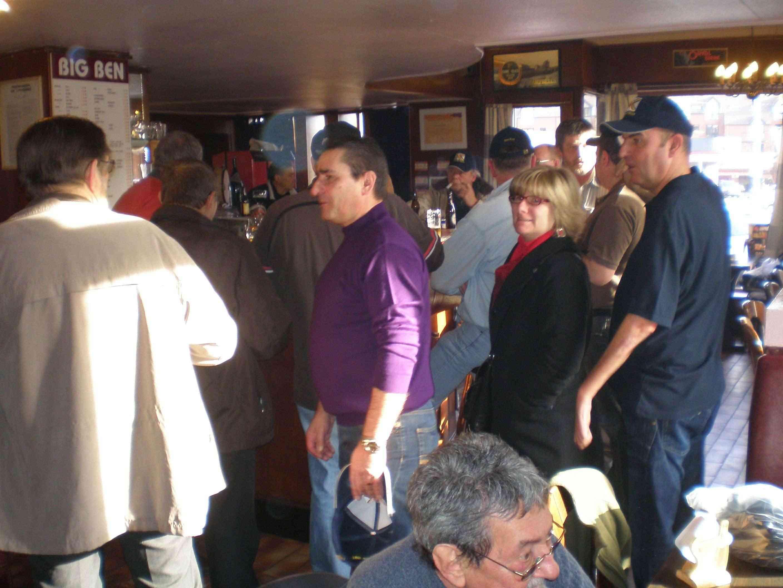 Remise des polos/casquettes au Big-Ben le 20 novembre Quareg10
