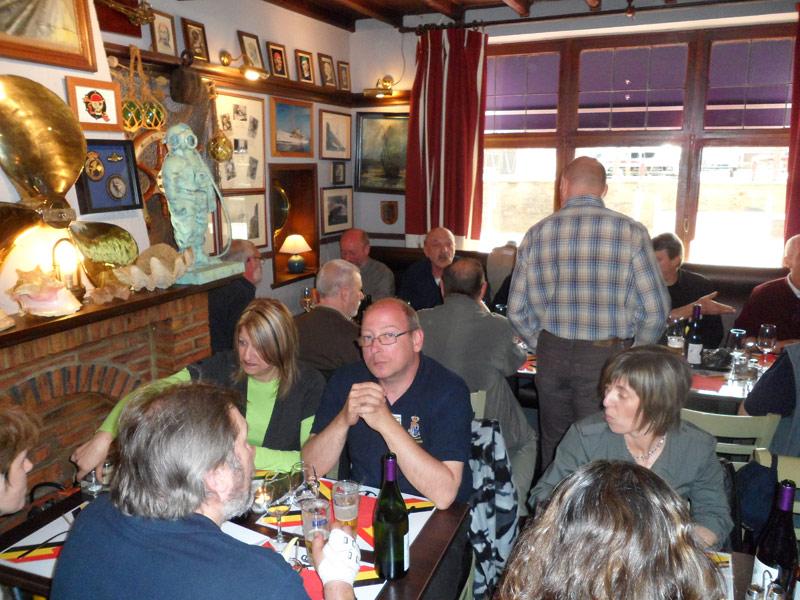 Café de la Gare à Profondeville le 9 avril Sam_0512