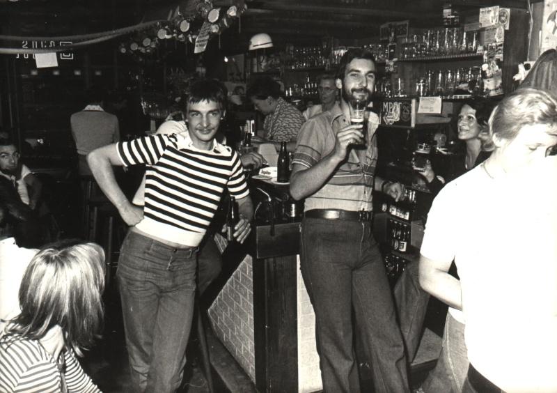 les bistrots, bars et dancings d'antan... - Page 4 Vfoia110