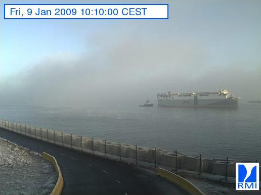 Photos en direct du port de Zeebrugge (webcam) - Page 6 Zeebru13