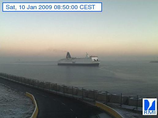 Photos en direct du port de Zeebrugge (webcam) - Page 6 Zeebru14