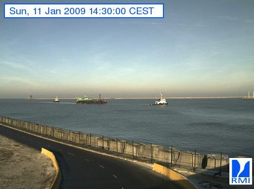 Photos en direct du port de Zeebrugge (webcam) - Page 6 Zeebru15