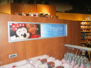 [Boutique Disney Store] Lyon - Page 10 Img_1229