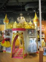 [Boutique Disney Store] Lyon - Page 10 Img_1237